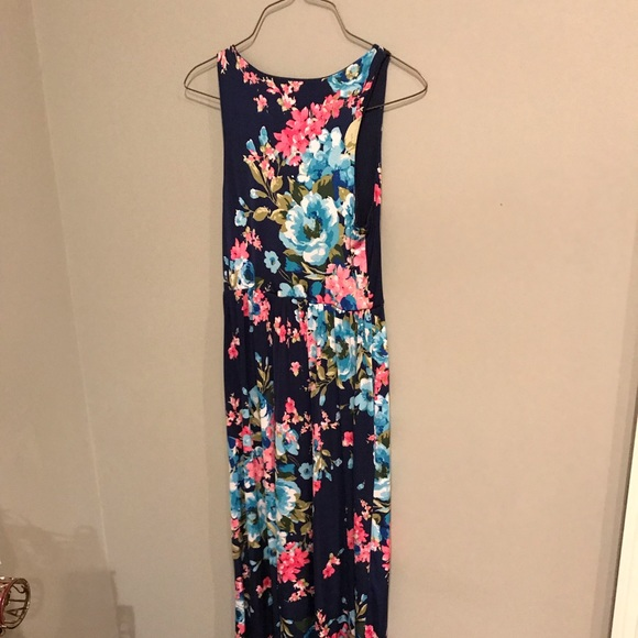 Dresses & Skirts - Navy Floral Maxi